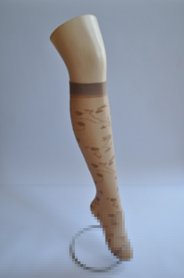 Дамски фигурални 3/4 чорапи - 20 DENIE